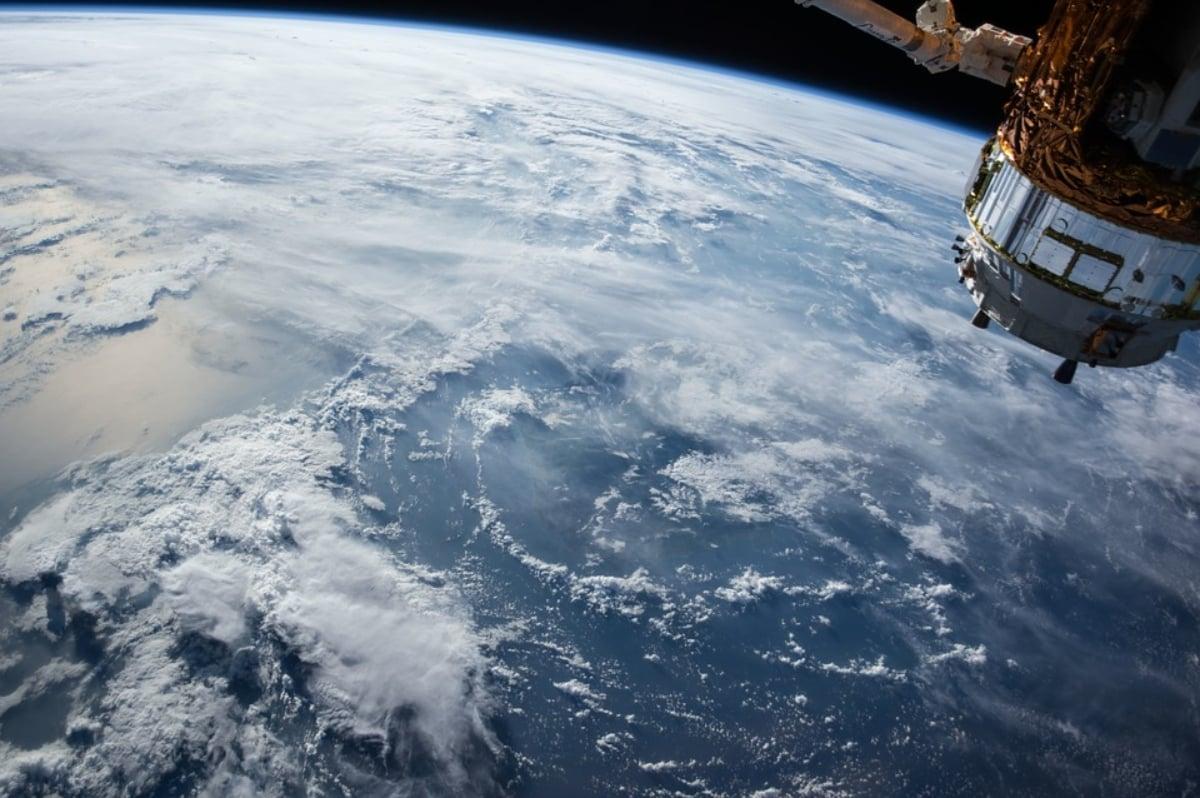 Arabia Saudita firma acuerdo con China para mandar misión a estación espacial
