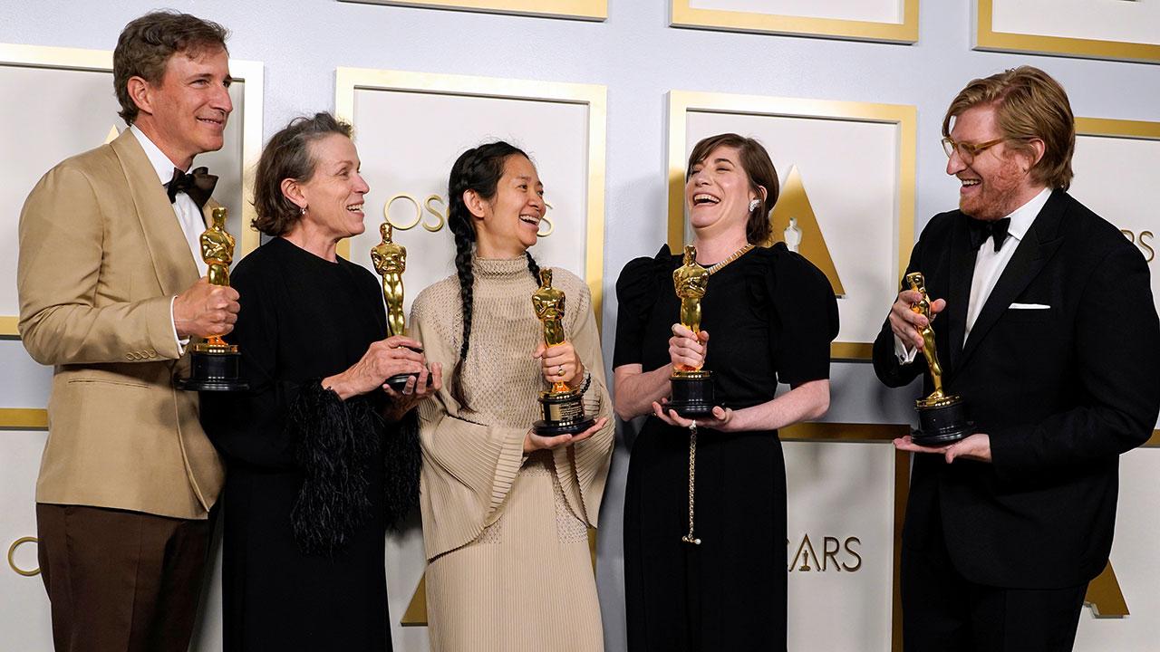 'Nomadland' dominó los Oscar 2021 con tres importantes premios