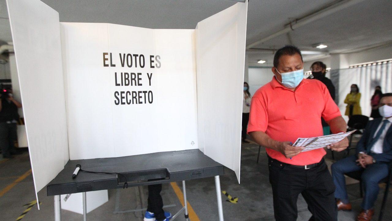 Llama Sí por México a empresarios a fomentar voto informado en empleados