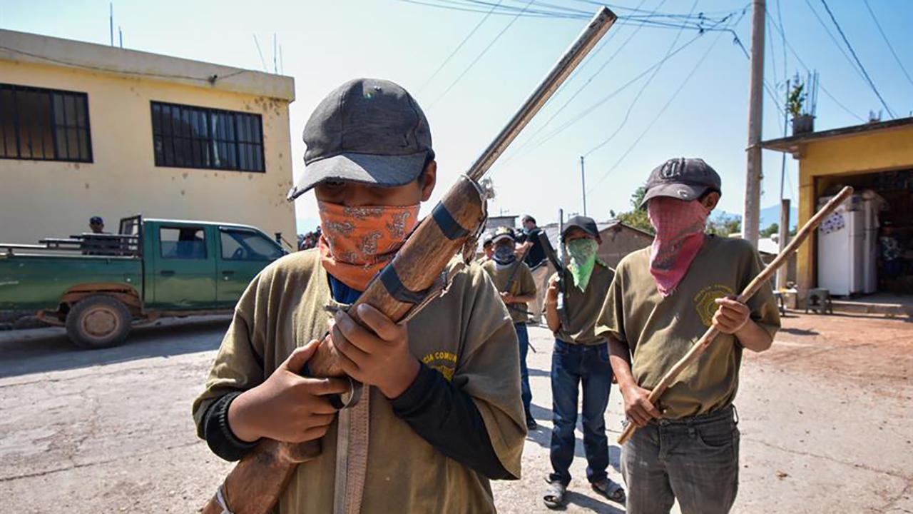 Fotogalería: Niños armados se integran a la policía comunitaria en Guerrero