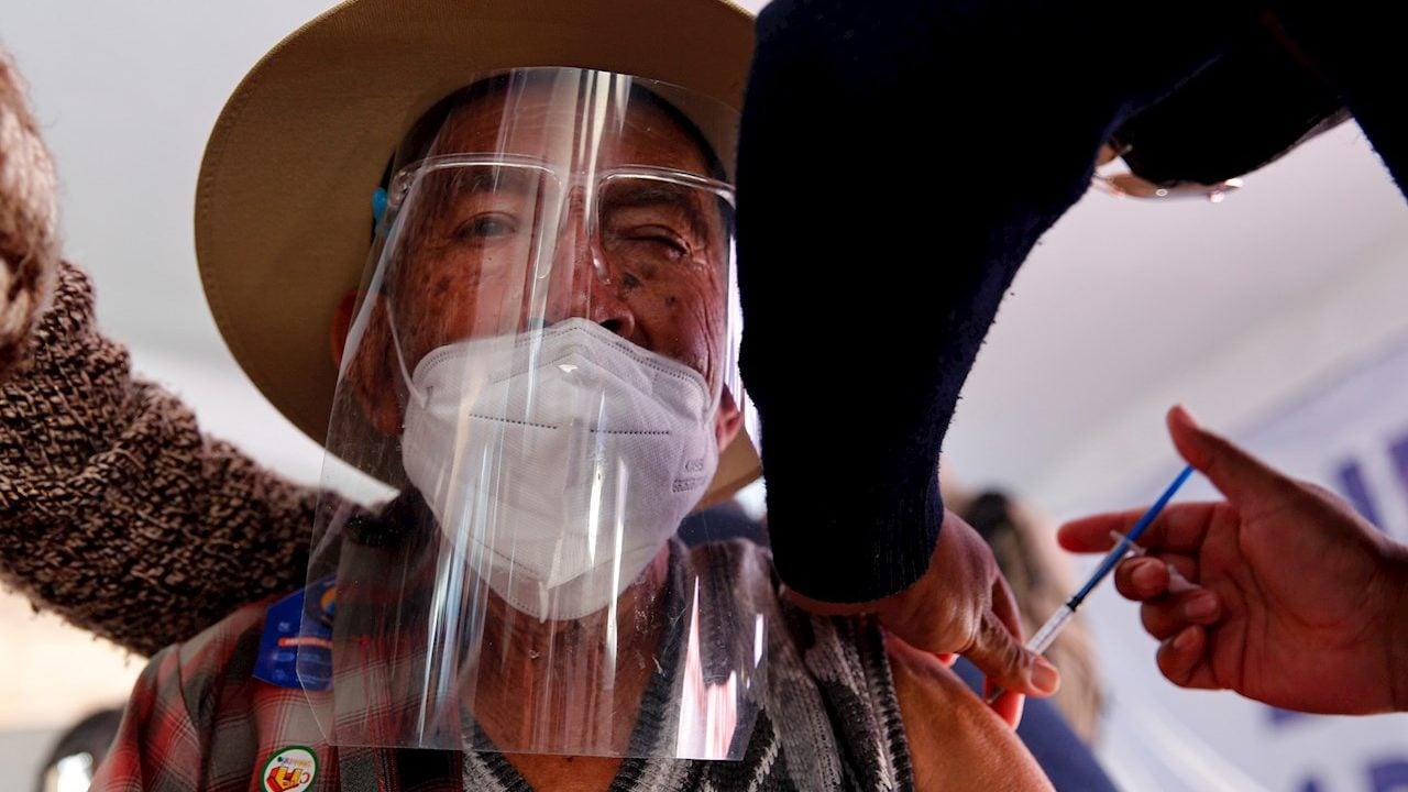 Salud reporta 207,020 muertes acumuladas por Covid-19 en México