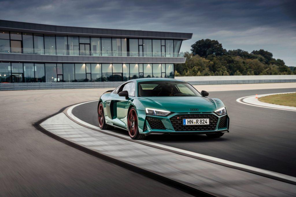 auto deportivo audi color verde