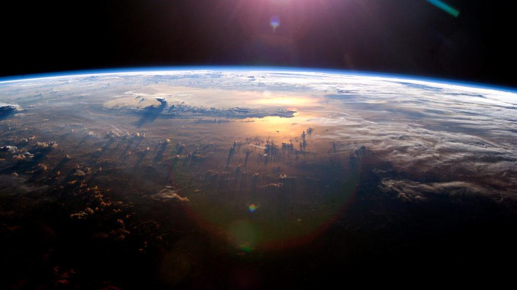 Dia mundial de la Tierra vista desde la estacion espacial 1