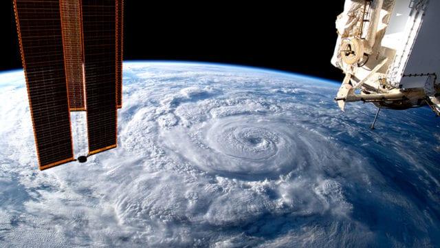 Dia mundial de la Tierra vista desde la estacion espacial 3