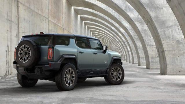GM anuncia la versión todocamino de la pickup eléctrica GMC Hummer