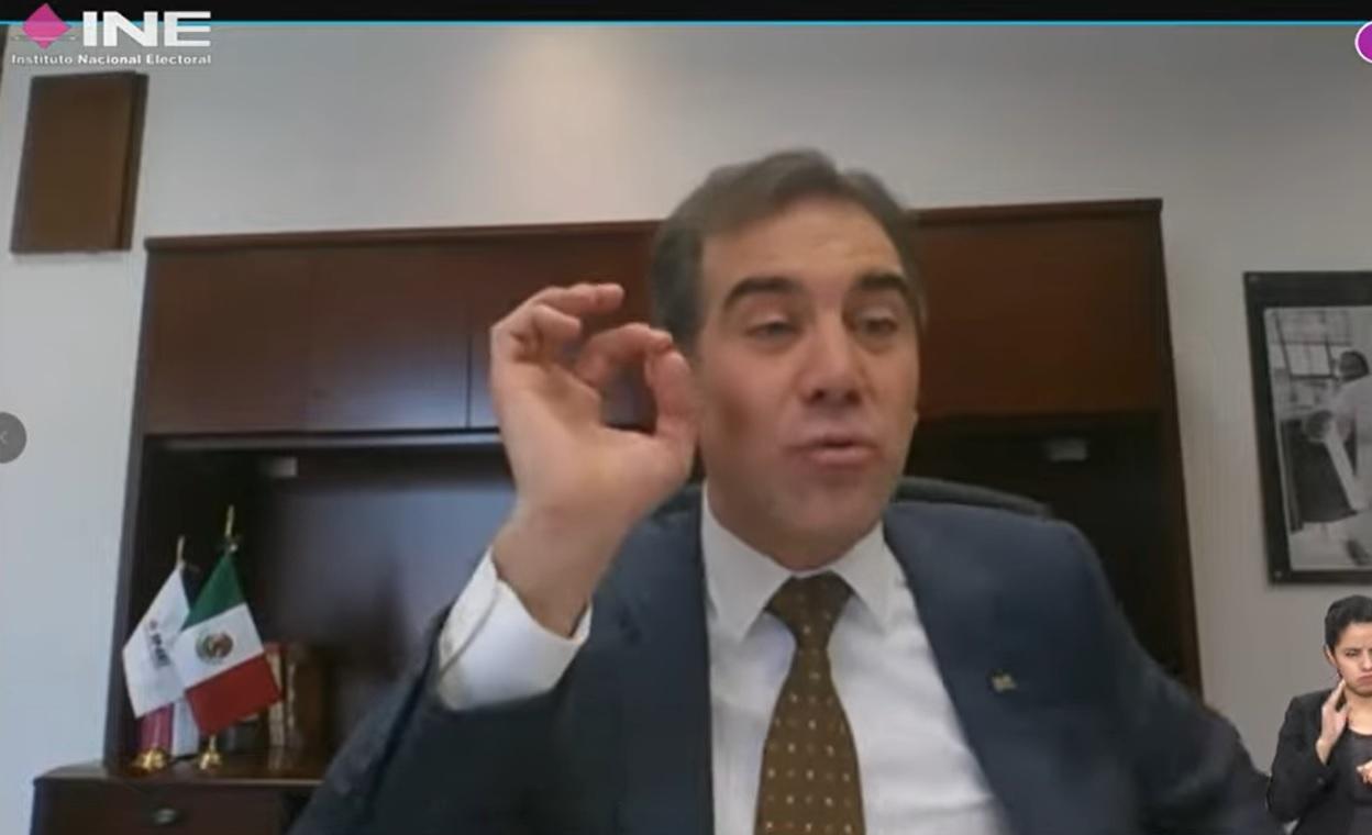 'Hubieran cambiado la ley', dice Córdova ante molestia por retiro de candidaturas