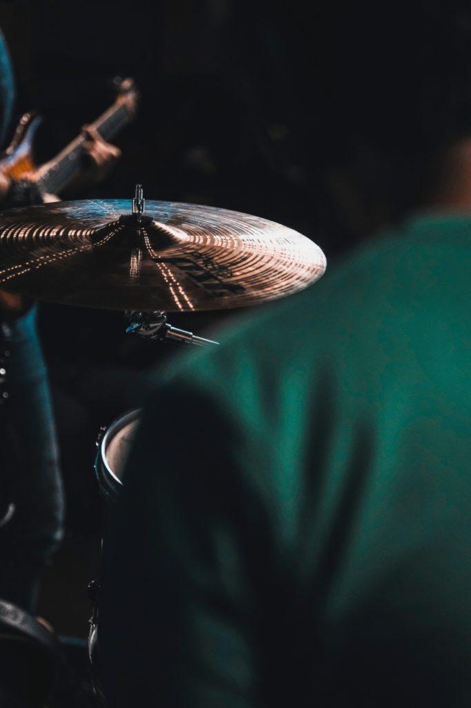 Tino Contreras batería