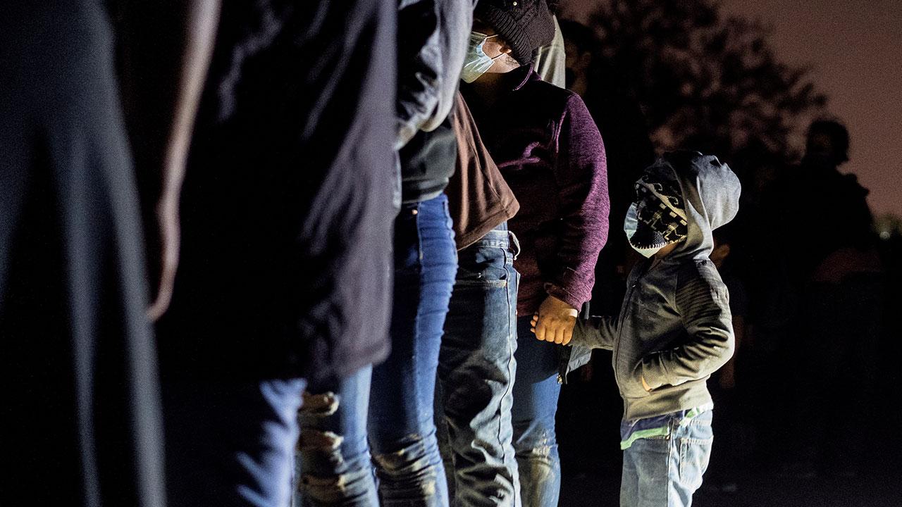 Rescatan a 140 migrantes hacinados en Ciudad Juárez