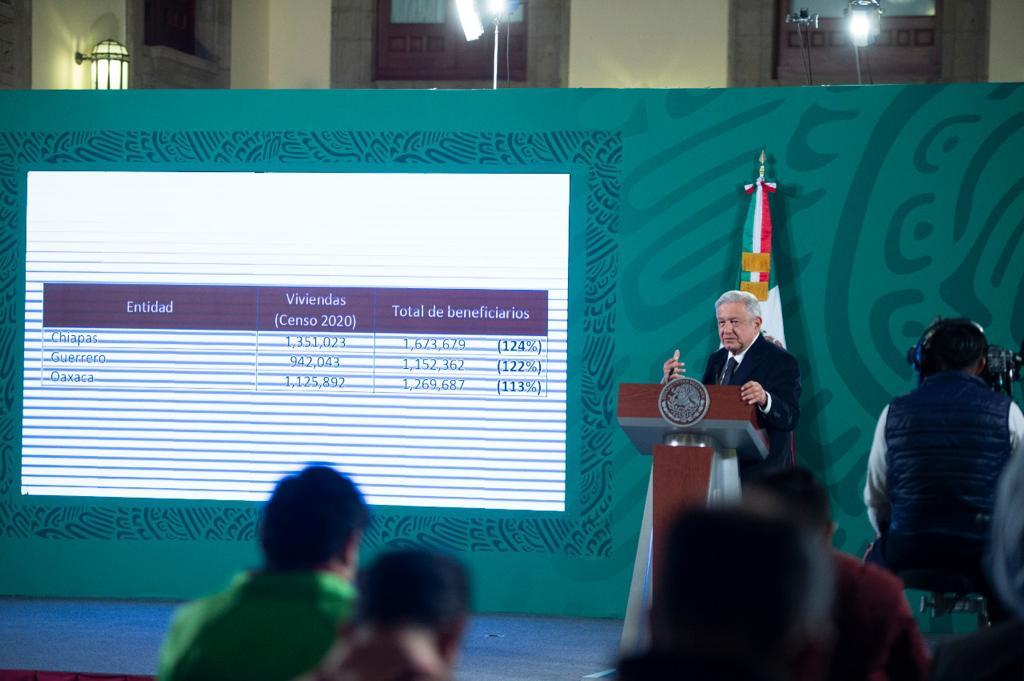 INE ordena eliminar mañanera del 16 de abril por violar veda electoral