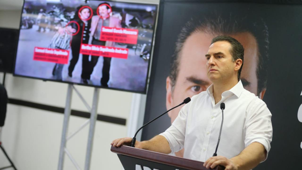 AMLO es socio de Dante Delgado por eso interviene en NL: Adrián de la Garza