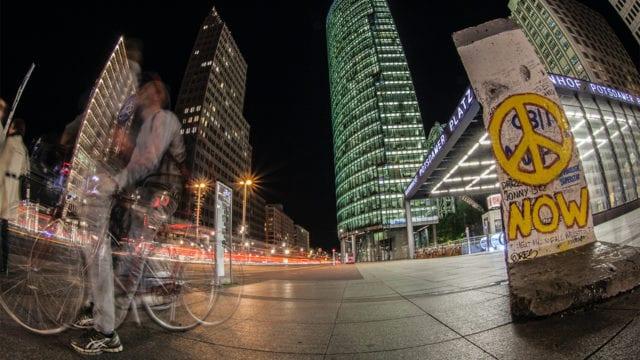 Berlín se dispone a prohibir las reuniones nocturnas a partir del viernes