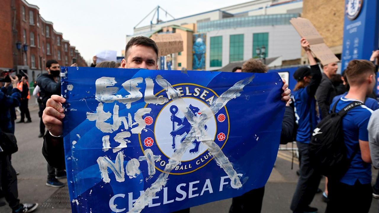 Chelsea y Manchester City reculan de la Superliga, reportan medios ingleses