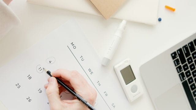 Aplicaciones digitales y sensores optimizan tratamientos en personas con diabetes