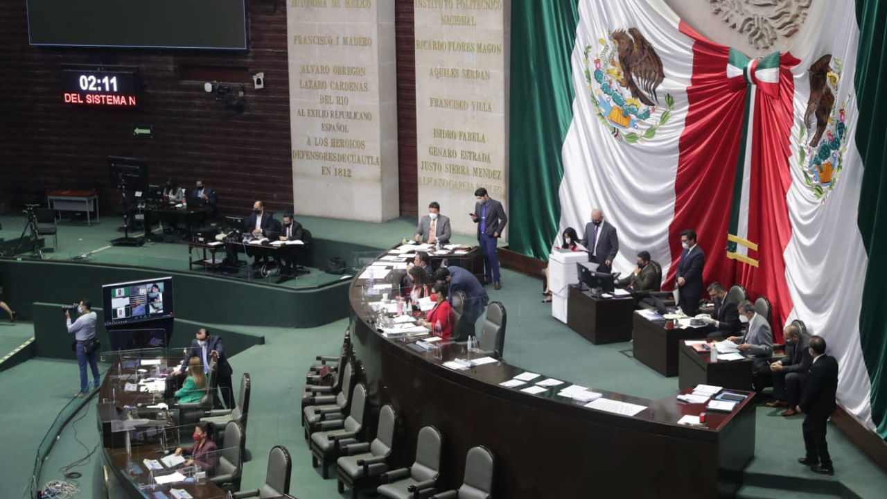 Diputados aprueban en lo general reformas al outsourcing