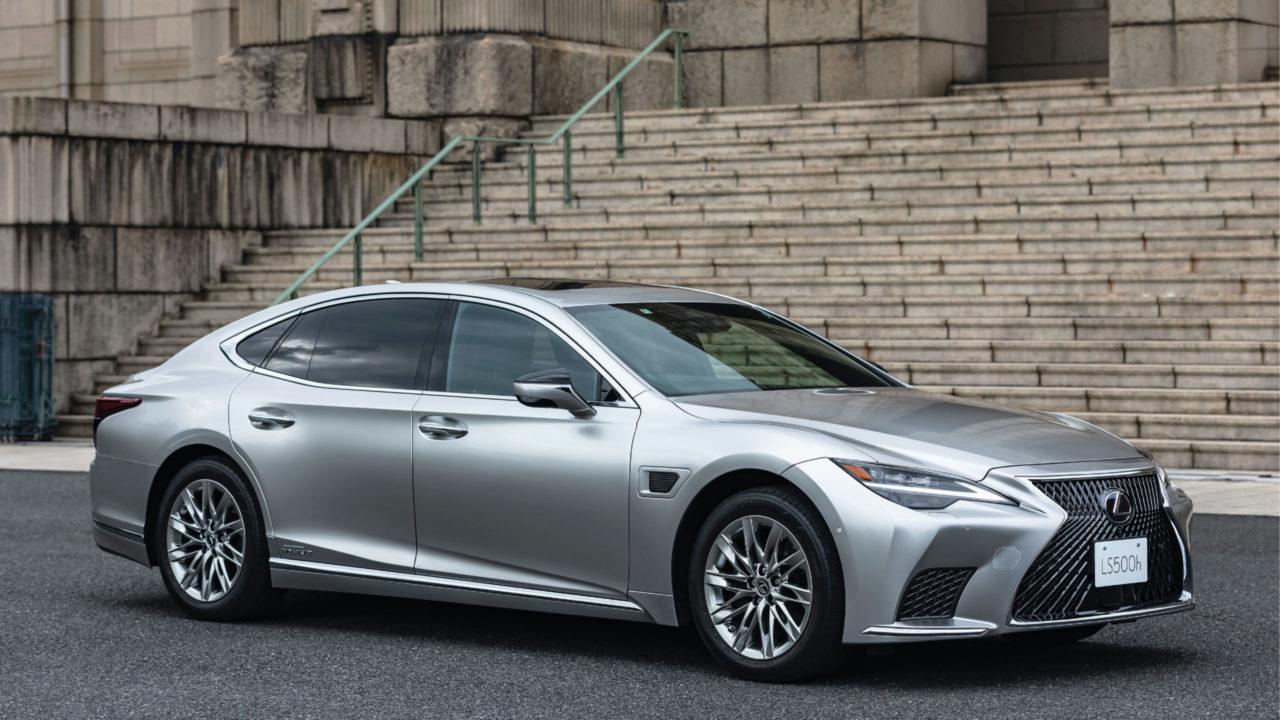 Toyota lanza en Japón modelos que utilizan inteligencia artificial