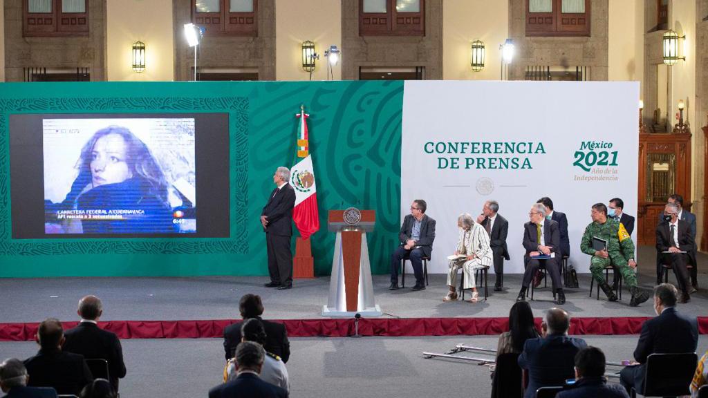 Gobierno de AMLO exhibe montaje del caso Cassez-Vallarta