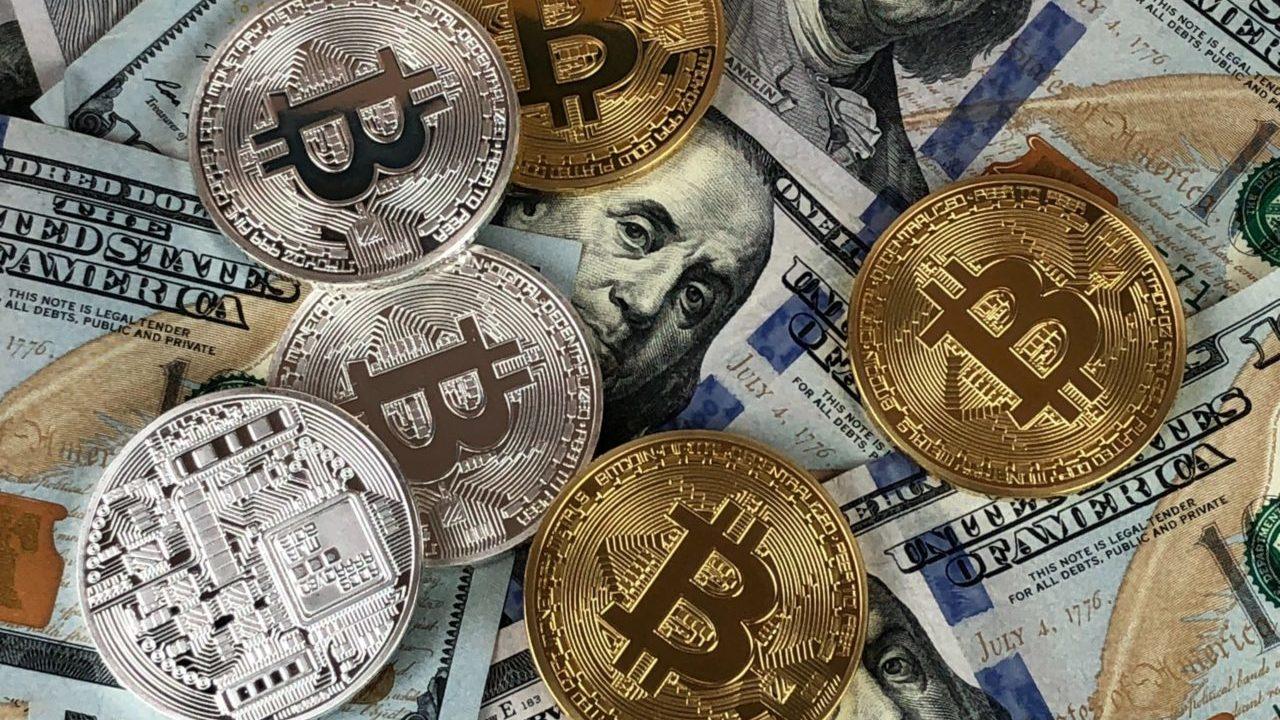 Fijan precio de referencia de acción de Coinbase en 250 dólares previo a debut en Nasdaq