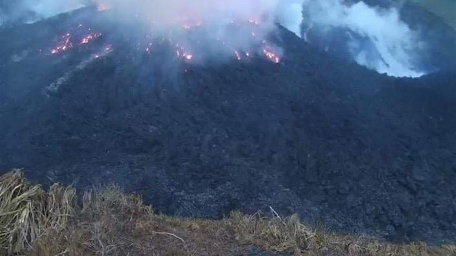 Erupción volcánica sacude isla caribeña de San Vicente y las Granadinas