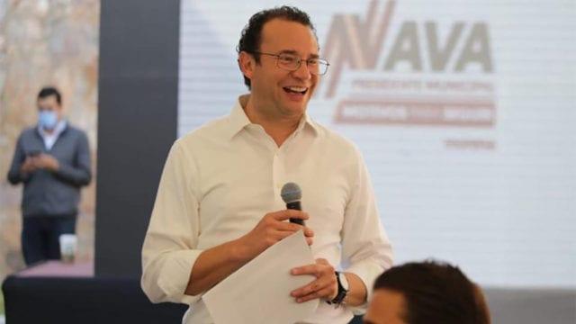 Xavier Nava culpa al PAN, PRI y PVEM del retiro de su candidatura