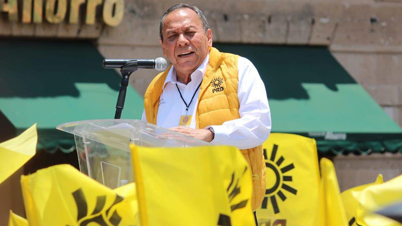 PRD denuncia a AMLO ante FGR por delincuencia electoral