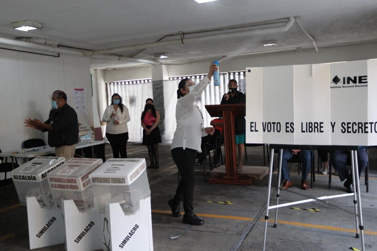 A menos de un mes de las elecciones, Morena sigue encabezando encuestas a gubernaturas