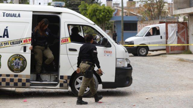 Encuentran 70 bolsas con restos humanos en Tonalá, Jalisco
