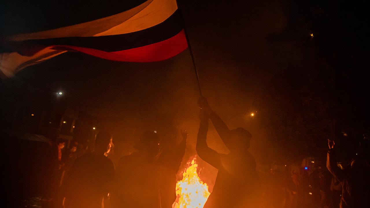 Arde Colombia; las calles como campo de batalla