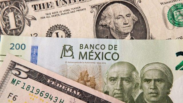 Billetes dólar peso