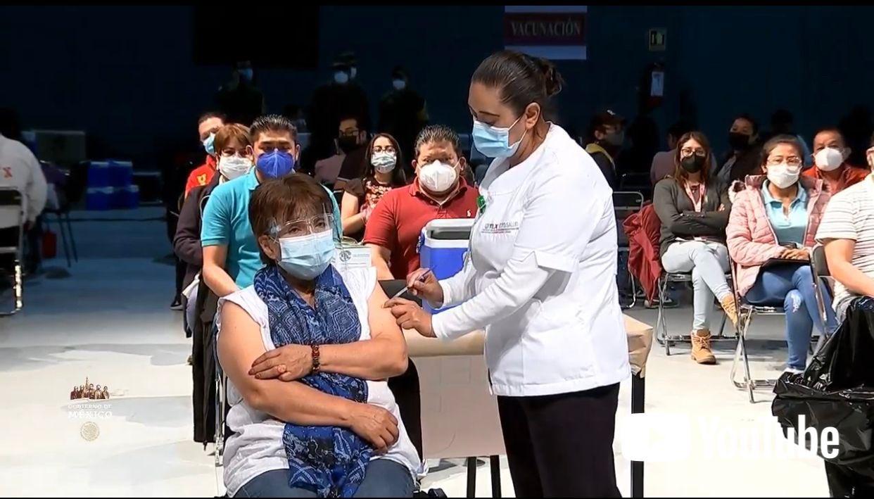 Traza gobierno mega meta de vacunación: 800 mil dosis diarias