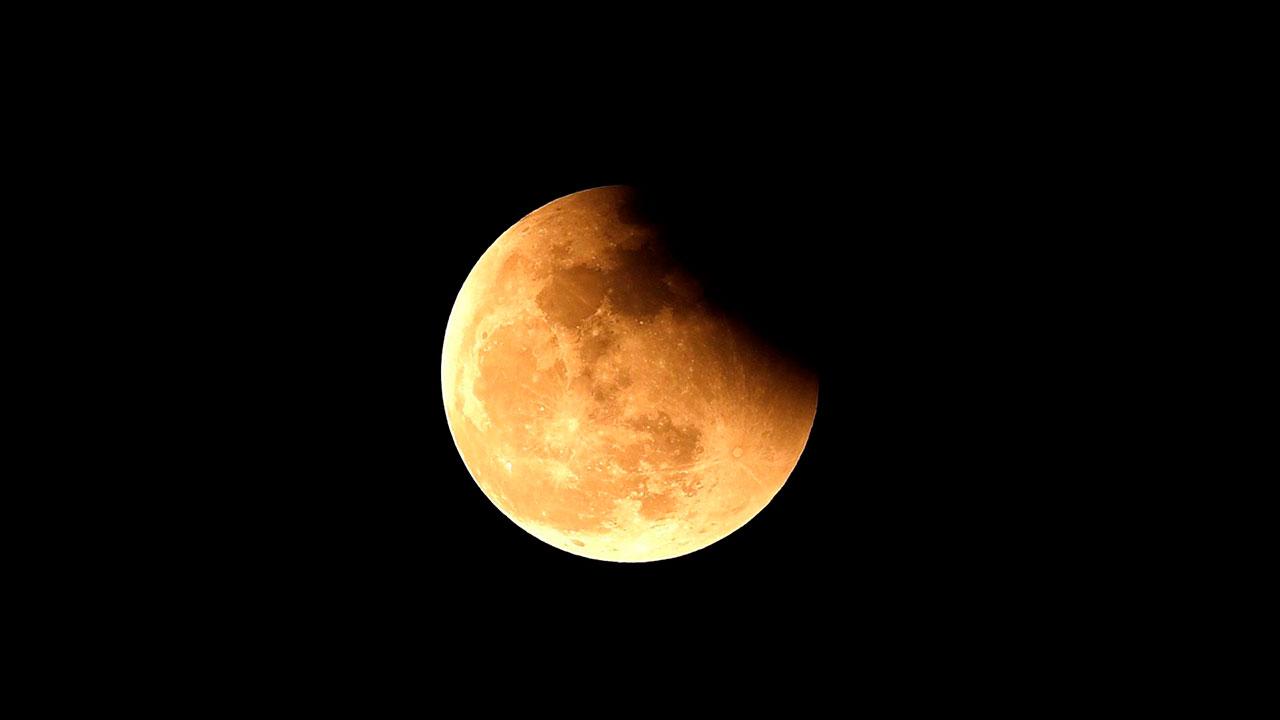Fotogalería: Luna llena, roja y eclipse.