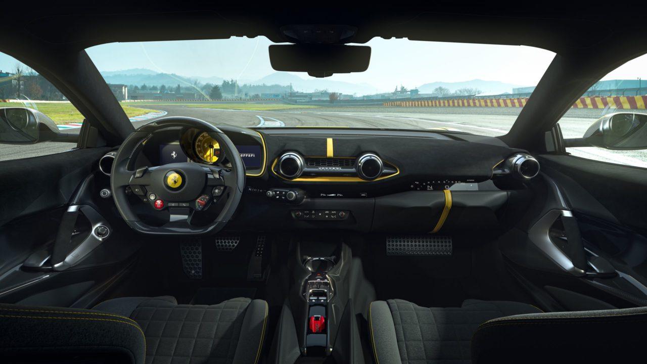 CEO de Ferrari afirma que no le teme al futuro eléctrico