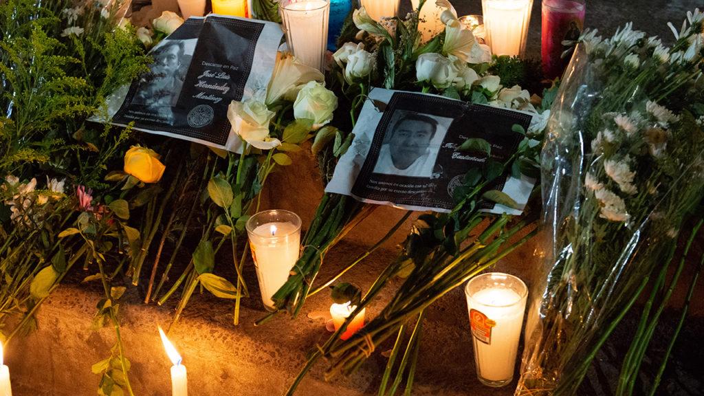 Altar a fallecidos en la L12 del metro
