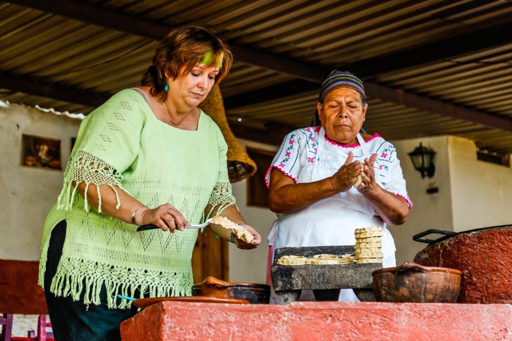Mujeres del Maíz cocina