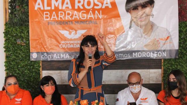 candidata a la presidencia municipal de Moroleón, Alma Rosa Barragán