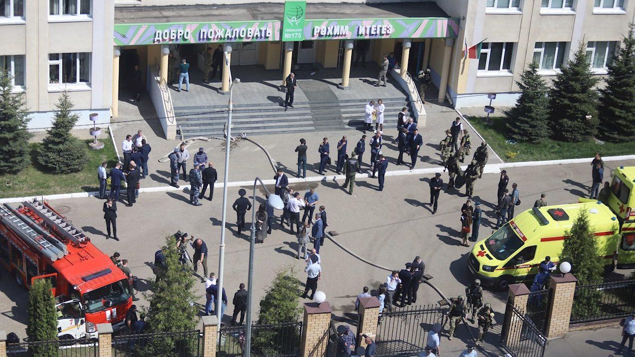 Tiroteo en escuela de Rusia deja 8 muertos y 18 heridos