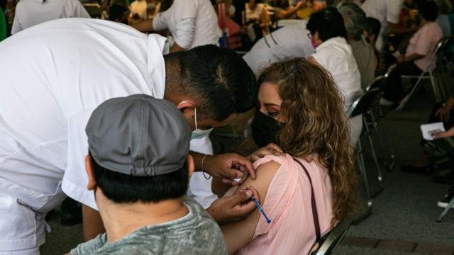 Vacunación Covid-19 adultos 50-59 1