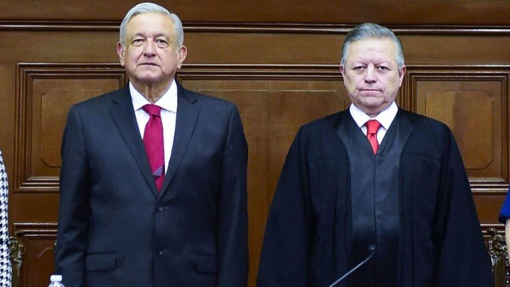 AMLO se reúne con ministros de la Corte para abordar ley eléctrica