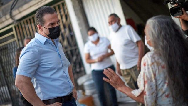 Adrián denuncia en EU a AMLO por intervenir en elecciones