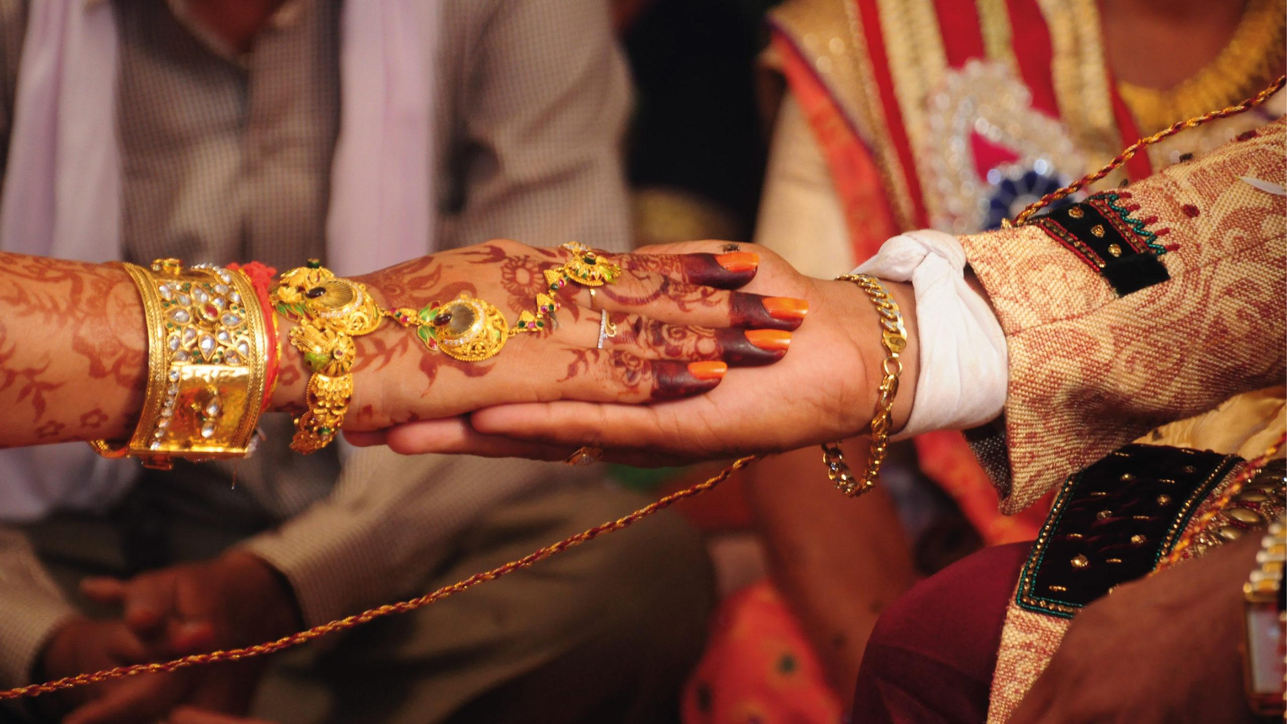 Celebración de boda en avión pese a Covid-19 desata investigación en India