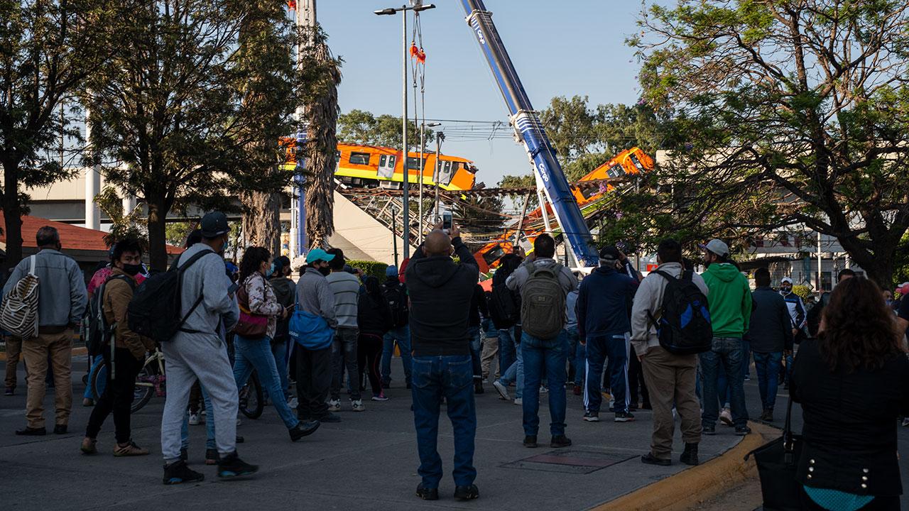 Morena bloquea petición para que CDMX 'abra' toda la información sobre Línea 12