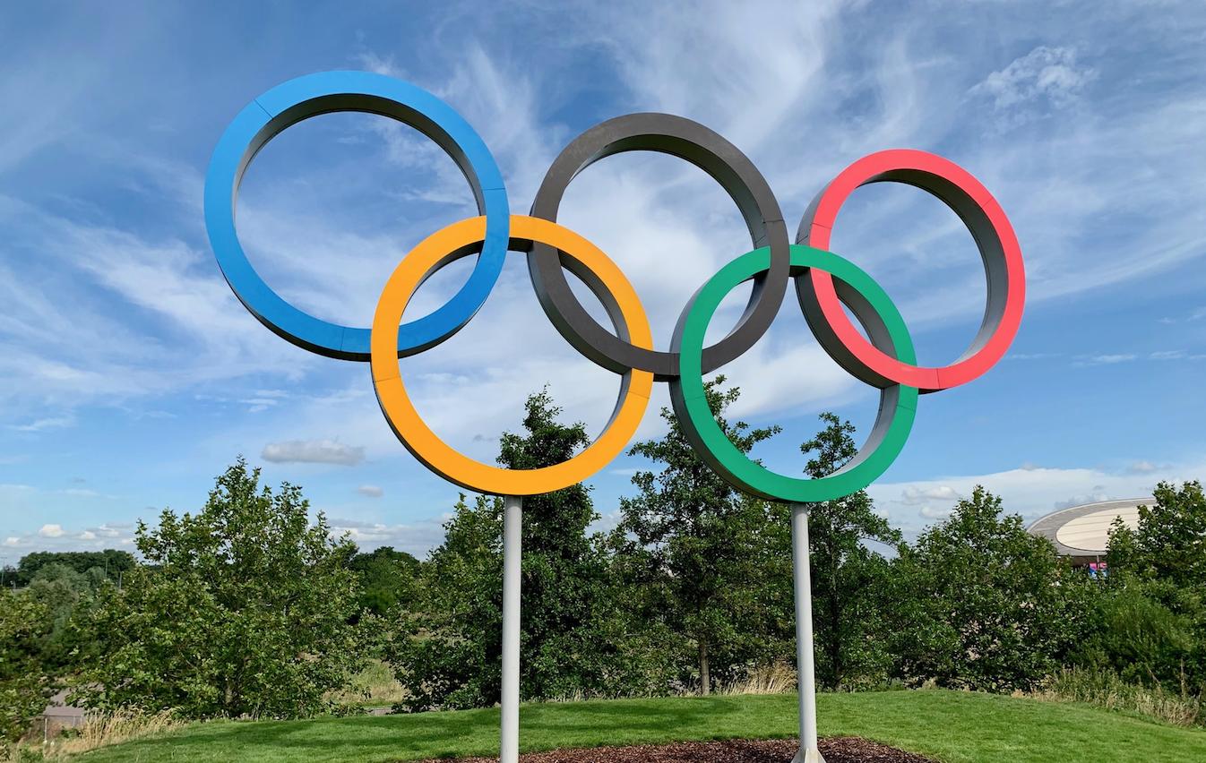 Comité Olímpico prohíbe a atletas exhibir mensajes de Black Lives Matter