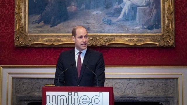 Príncipe William dice que la BBC le falló a Diana por el engaño para entrevistarla