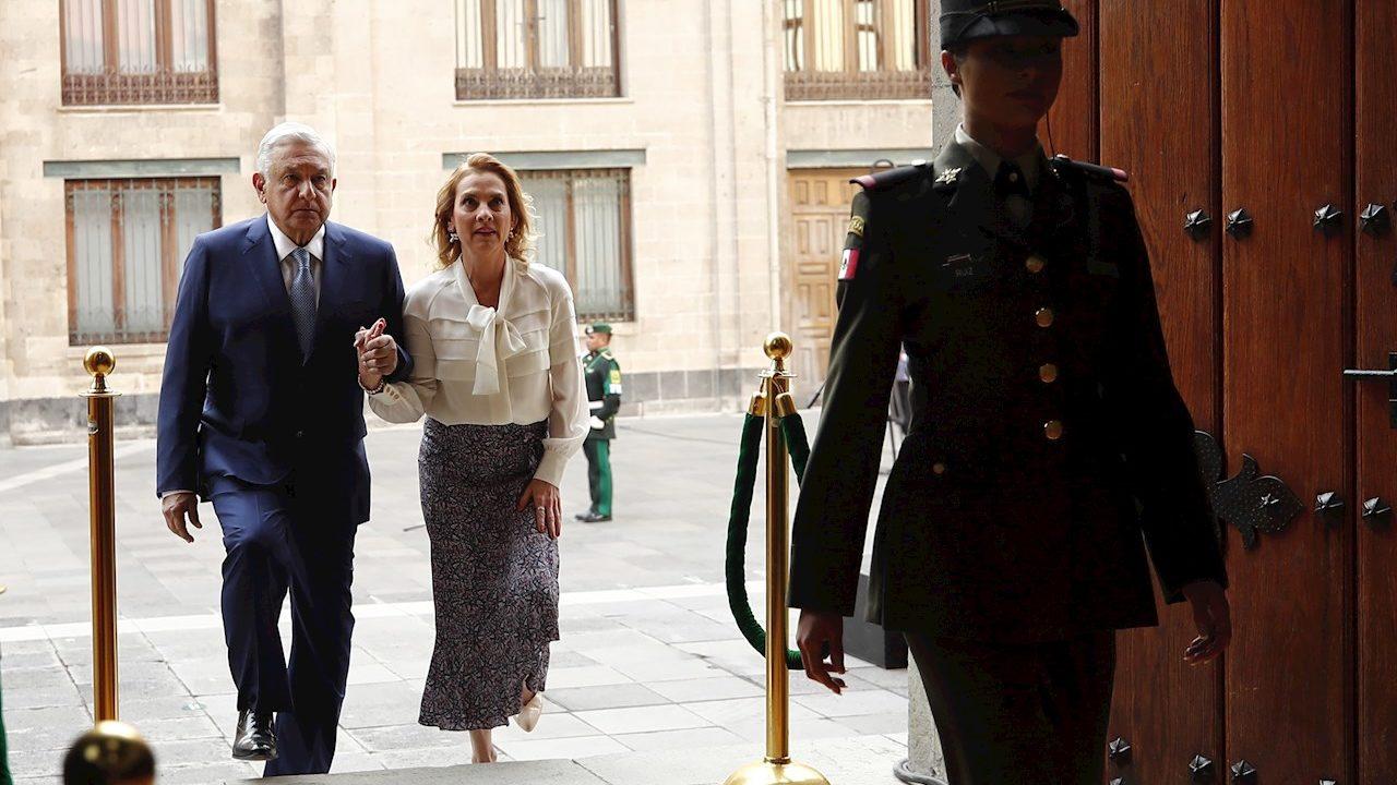 Gutiérrez Müller llama a ciudadanos a votar y 'frenar trapacerías'