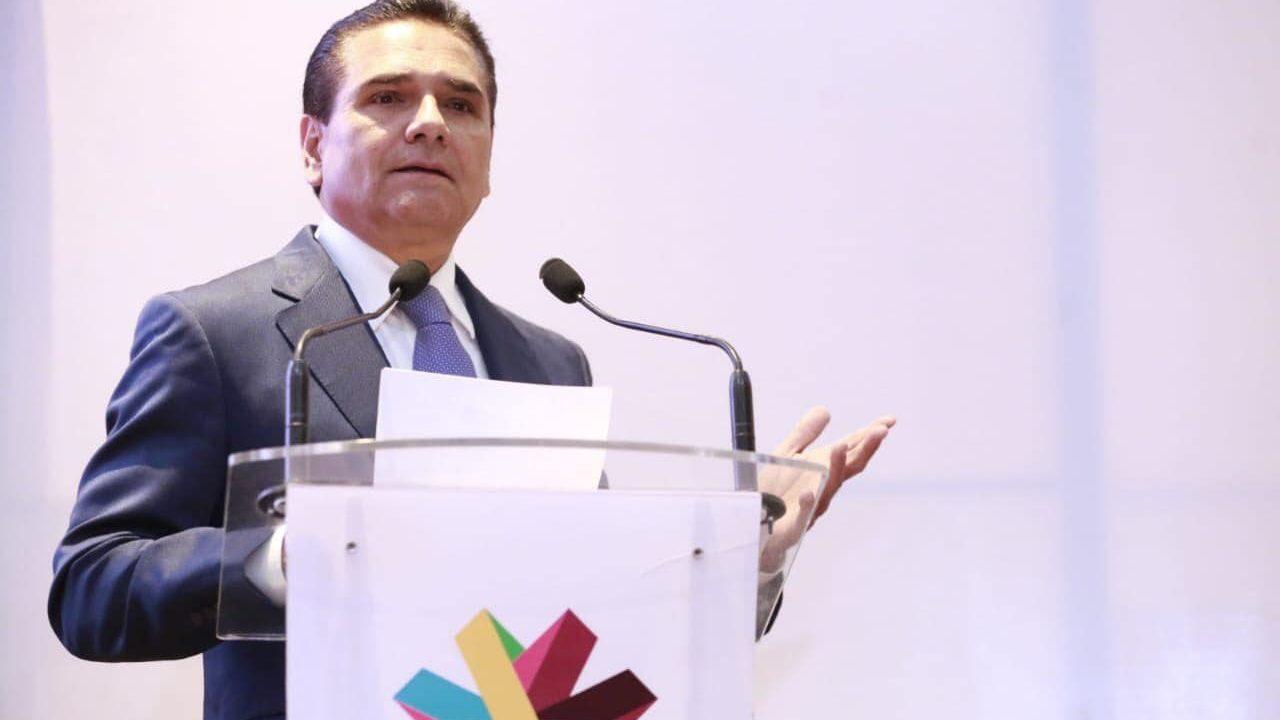 Silvano Aureoles prevé realizar caravana por la seguridad y la paz