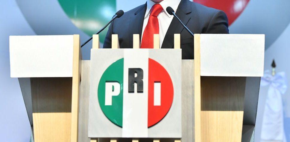 El PRI tiene cola que le pisen; es el eslabón débil de la alianza opositora: Agustín Basave