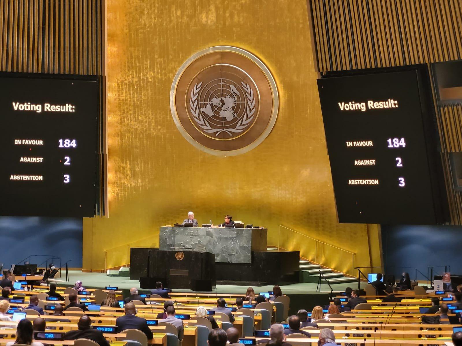 México condena y urge a levantar embargo económico a Cuba