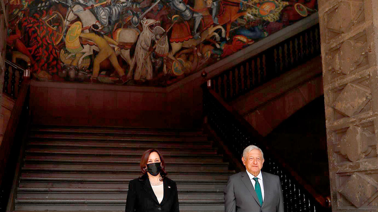 López Obrador sostendrá una llamada con Kamala Harris