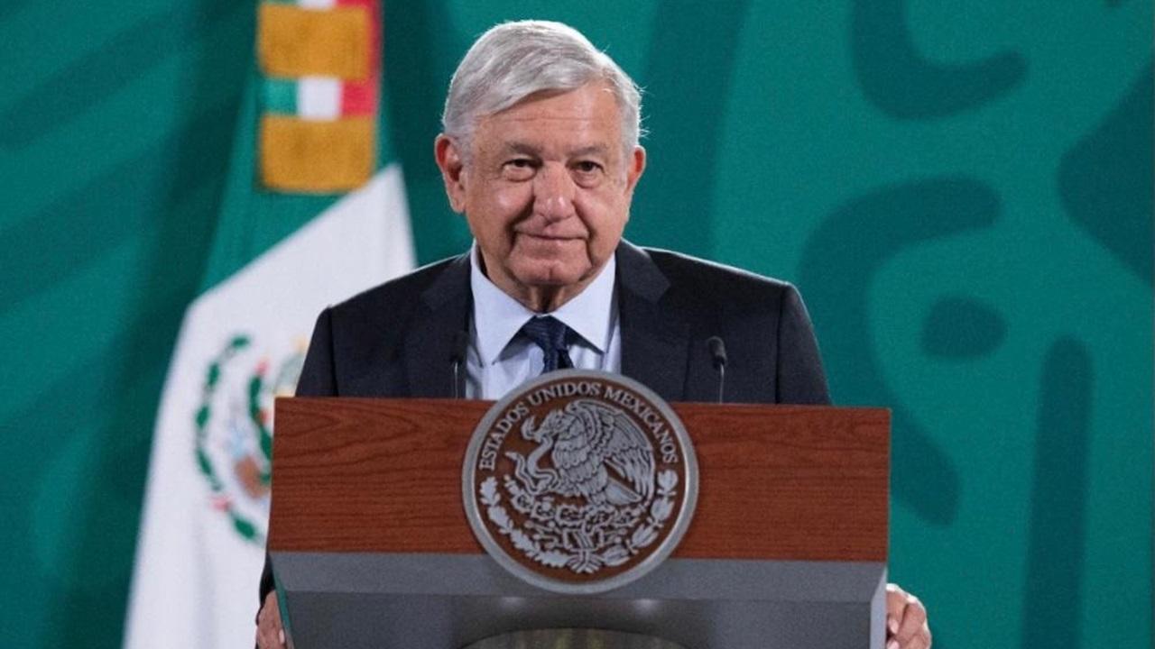 Clase media se dejó manipular en la CDMX: López Obrador
