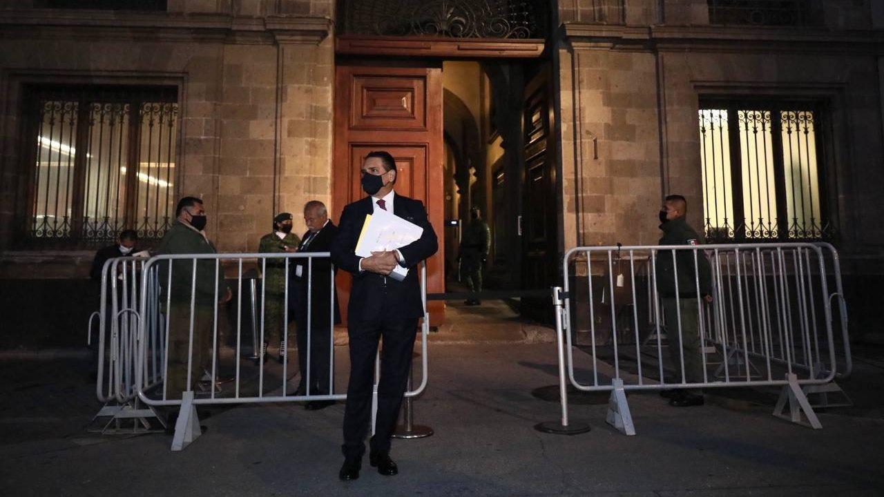 Aureoles acude a Palacio Nacional con 'pruebas' de nexos Morena-narco; AMLO no lo recibirá