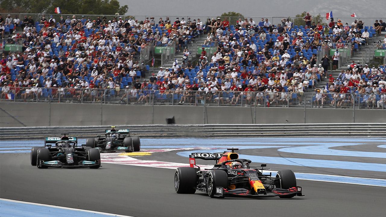 Verstappen gana GP de Francia; 'Checo' Pérez queda tercero